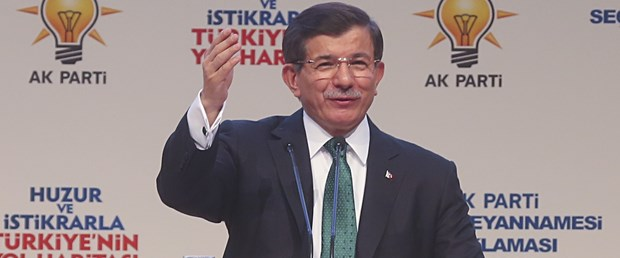 basbakan-davutoglu-ak-partinin-secim-vaatlerini-acikliyor,lFGFUc-9YkiaV8No4Ixd3Q