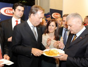 5-Italya Ankara Buyukelcisi Gianpaolo Scarante ile  Ulastirma Bakani Binali Yildirim