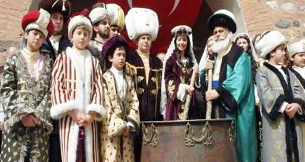 mesir-macunu-festivali-basladi