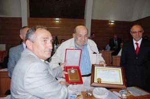 Hacı Yusuf Yar Bolu Belediyesinden de plaket almıştı