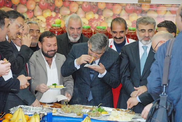 Cumhurbaskani Abdullah Gul, pide yedi