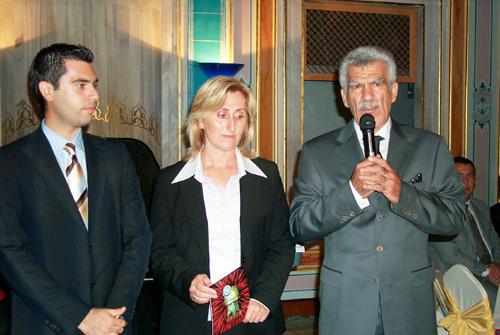 Tavsan'ın yeni CEO'su Hilmi Bilgin(solda),Yönetim Kurulu üyesi Şehnaz Özel(ortada9 ve Yönetim Kurulu Başkanı Cemalettin Bilgin (sağda)