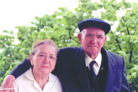 İsmail Keskinoğlu eşi Zeliha hanım ile birlikte