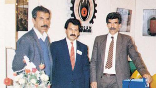 Tavsan'ın kurucuları Cemalettin Bilgin (sağda)İhsan Kavvas(ortada) ve Mustafa Dündar