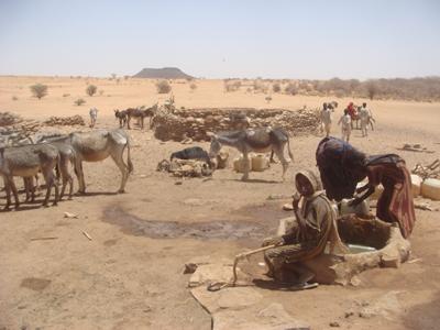 sudan-nomadic-watering-hole-7