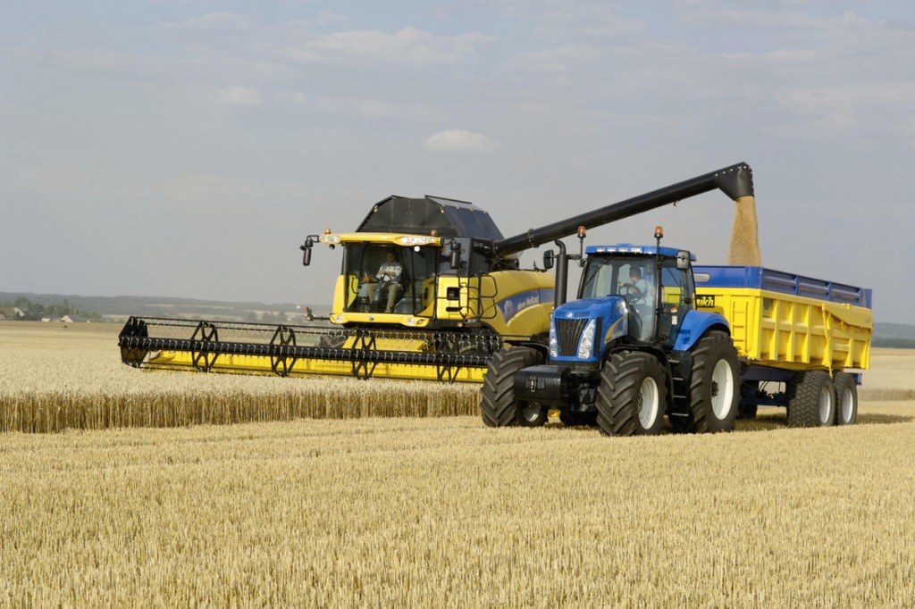 NEW HOLLAND CX8000 17