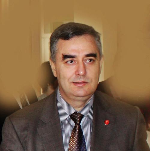 Dr.Can Demir