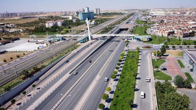 istanbulda-yarin-bazi-yollar-trafige-kapatilacak-11361-02052015142526
