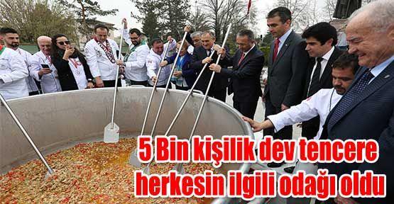 5_bin_kisilik_dev_tencere_herkesin_ilgili_odagi_oldu_h33666