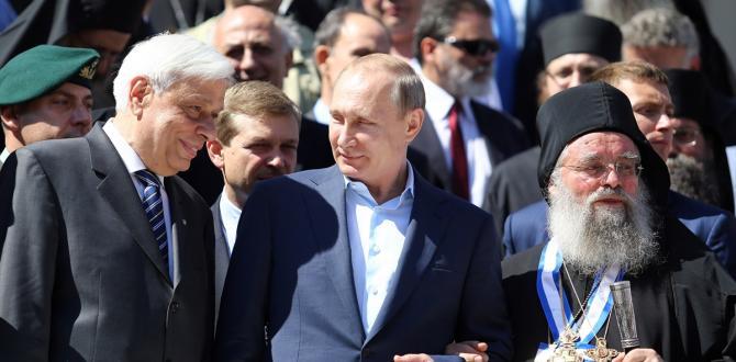 rusya-devlet-baskani-putin-yunanistanda_0e1005a-670x330