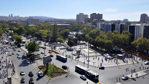 Ankara-Kizilay-Meydani-hakkinda-bilgi-gezilecek-yerleri-nerede-nasil-gidilir
