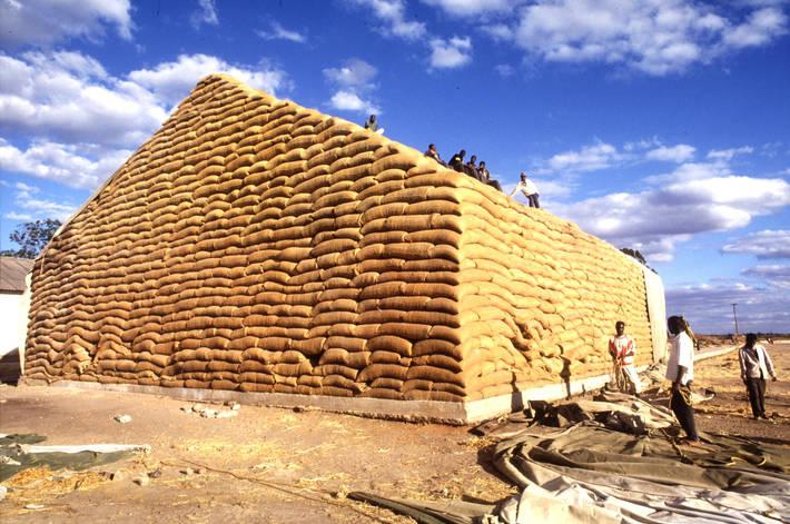 Zambiya'da bir mısır kulesi